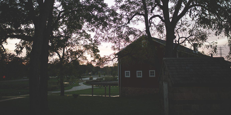 red barn wedding venue